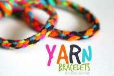 Yarn Bracelets – Summer Survival Week – A girl and a glue gun - Easy Yarn Craft Ideas Braided Friendship Bracelets, Friendship Bracelets Tutorial, Friendship Bracelet Patterns, Bracelet Tutorial, Yarn Crafts For Kids, Diy Crafts For Girls, Diy For Kids, Diy Niños Manualidades, Kiwi