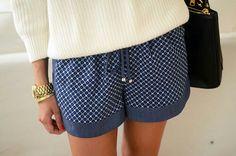 Blue gap cargo shorts pink fflips