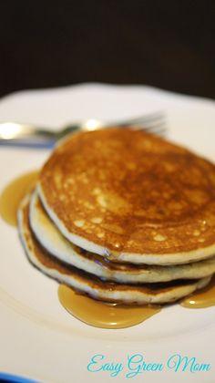 Gluten Free Fluffy Pancakes Recipe - Rays of Bliss Dairy Free Pancakes, Gluten Free Pastry, Gluten Free Cooking, Cooking 101, Gluten Free Breakfasts, Gluten Free Desserts, Vegan Desserts, Healthy Breakfasts, Fluffy Pancakes