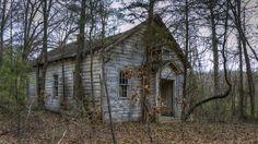 arkansas abandoned homes   Abandoned Shangri-La - Old Architecture near Lake Ouachita