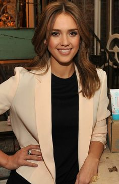 Jessica Alba. Hair colour for fall?