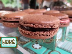 Macarons | chocolateriamore Vender Online, Macarons, Cookies, Desserts, Food, Tent, Biscuits, Meal, Deserts