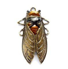 Ehi, ho trovato questa fantastica inserzione di Etsy su https://www.etsy.com/it/listing/222004788/1-anticato-bronzo-cicada