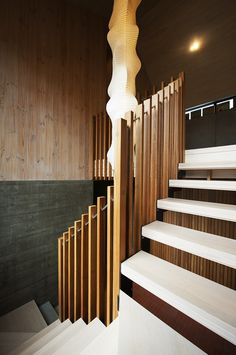 Erskine Rd by Slattery & Acquroff Stairs uses different coloured stains on GOODWOOD Victorian ash to create texture and variation