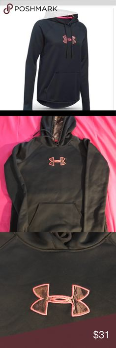 Under Armour women's Caliber Hoodie size small Under Armour hoodie size small Under Armour Sweaters