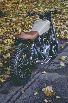 Yamaha 11 by Auto Fabrica nice! Lean mean hell off a machine Yamaha 11 by Auto Fabrica nice! Lean mean hell off a machine Modifikasi Cafe Bike, Cafe Racer Bikes, Cafe Racer Motorcycle, Motorcycle Style, Motorcycle Gear, Motorcycle Jackets, Women Motorcycle, Motorcycle Quotes, Cb400 Cafe Racer