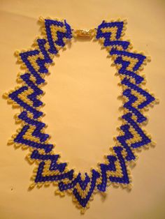 Tango, Beadwork, Crochet Necklace, Jewelry Making, Beads, How To Make, Beading, Bead, Crochet Collar