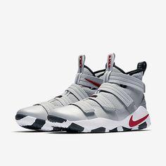 32bcfaefdf5 LeBron Soldier XI Men s Basketball Shoe Nike Lebron