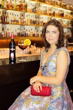 jasmin myberlinfashion shooting outfit pinko dress #aperitifmoment #martinitonic #playwithtime