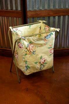 Laundry Old TV tray