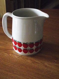 1960's+Arabia+Finland+Strawberry+Mansikka+Pattern+by+JuniperHome,+$49.99