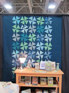 Love this quilt pattern...