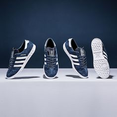 A Terrace casuals classic, the adidas Originals Hamburg Trainer in navy, white & gold.