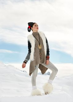 Styling: Sandra StoppanyMake-up & Hair: Angela KaeserModel: Aiyana de Vree Behance, Snow, Hair, Photography, Style, Fashion, Swag, Moda, Photograph