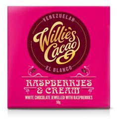 Willie's Cacao -  White chocolate Raspberries & Cream  Frambozen & Cream - een smaakexplosie van fruit. Dit is gewoonweg meer dan heerlijk! Elke hap van deze reep is een ware ontdekkingsreis van frambozen met een romige smaak van witte chocolade. Net een ijsje.   http://www.bommelsconserven.nl/delicatessen/chocolade_online_bestellen_bij_bommels_conserven/willies_cacao/willies_cacao_repen/