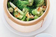 Gestoomde broccoli met bosui