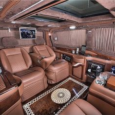 V Wagon Interior--> Luxury lifestyle inspirations for your luxury interior design project. Wealthy Lifestyle, Luxury Lifestyle Women, Rich Lifestyle, Billionaire Lifestyle, Lifestyle News, Photographie New York, Jet Privé, Luxury Interior, Interior Design