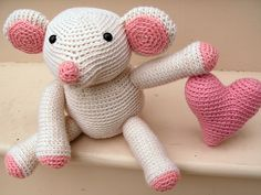 Fiona the Mouse pattern by Stacey Trock