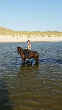 Heerlijk met Jón op het strand!