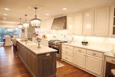 Fixer Upper - Chip and Joanna Gaines -Magnolia Homes Skinny Kitchen, Long Kitchen, New Kitchen, Kitchen Ideas, Kitchen Designs, Kitchen Tips, Long Narrow Kitchen, Sage Kitchen, Kitchen Inspiration