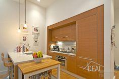 Modern kitchen in luxury loft in Brooklyn Heights Brooklyn Bridge Park, Brooklyn Heights, Luxury Condo, Luxury Loft, Open Live, Brooklyn Kitchen, Nyc Real Estate, Billiard Room, Rental Apartments