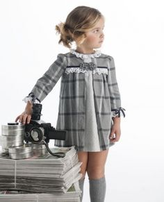 Very traditional dress but still cute. Baby Girl Dress Patterns, Little Dresses, Little Girl Dresses, Baby Dress, Little Girl Fashion, Fashion Kids, Toddler Outfits, Kids Outfits, Baby Kids Clothes