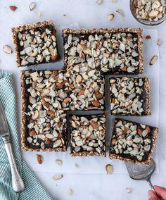 Chocolate Superfood Rawnola Cookies Vgf Desiree Nielsen