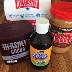 Keto peanut butter chocolate shake recipe for the keto diet and low carb diet. Lose weight and make chocolate shakes for quick snacks.