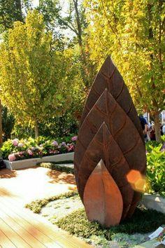 garden art, art and sculpture - Source ? garden art, art and sculpture - Source ? Metal Yard Art, Metal Tree Wall Art, Metal Artwork, Outdoor Sculpture, Outdoor Art, Sculpture Ideas, Art Sculptures, Metal Garden Sculptures, Diy Garden