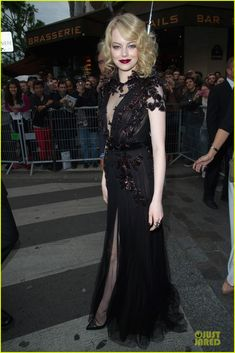 Emma Stone 'Spider-Man' Paris Premiere!