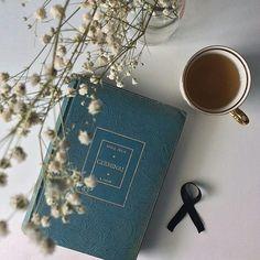 Resultado de imagen para coffee and books tumblr