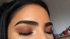 brown eyeshadow and perfect eyebrows