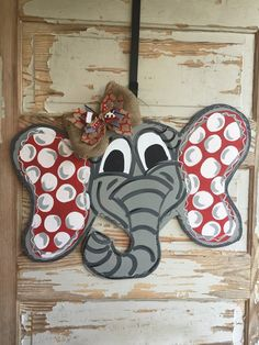Alabama Football Elephant Roll Tide Door Hanger by queensofcastles Alabama Crafts, Alabama Wreaths, Alabama Football Wreath, Wooden Door Hangers, Wooden Doors, Alabama Door Hanger, Football Paintings, Football Crafts, Football Decor