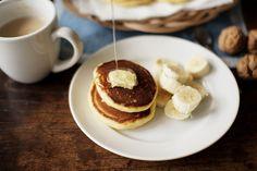 Pancakes and bananas.