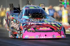 Motor'n | COURTNEY FORCE RACES TRAXXAS CHEVROLET TO NATIONAL SPEED RECORD 325 MPH