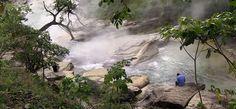 C'est une incroyable découverte qui pourrait révolutionner les bases de la géothermie. Un scientifique péruvien a découvert une mystérieuse rivière bouillante dont la température est de 86 degrés. DGS vous fait découvrir ...