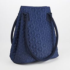 Soft Sculpt Dakota Insulated Lunch Bag  Price : $21.99 http://shop.fit-fresh.com/Soft-Sculpt-Dakota-Insulated-Lunch/dp/B00OBPER0E