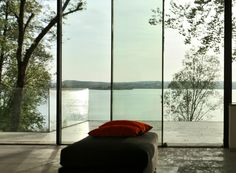 www.sky-frame.com – Architecture: Atelier Lüps, Germany www.lueps.com Photography: Thomas Huber, Germany
