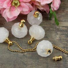 Kryształ górski zawieszka sekretnik z odkręcanym korkiem 28x22mm / Ametyst / KAMIENIE SZTUKI i SZNURY / KAMIENIE NATURALNE - Royal-Stone.pl Mineral Stone, Minerals, Pearl Necklace, Pearls, Jewelry, String Of Pearls, Jewlery, Jewerly, Beads