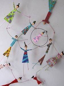 paper mache art dolls pretty little designs that could be used for an art installation or created for a splendid form of christmas decoration Diy And Crafts, Crafts For Kids, Arts And Crafts, Paper Crafts, Origami, Paper Mache Projects, Art Projects, Paper Clay, Paper Art