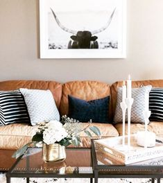 simplygrove: Lots of popping up on #simplystyleyourspace feed! I love how @lauren_konrad styled flowers on her coffee table Show us how you incorporate fresh flowers in your home and tag using #simplystyleyourspace. http://ift.tt/1KaUXam