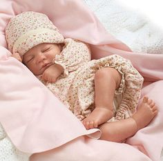 HUSH Little Baby! - Sleeping - Watch her Breathe! 18 Inch Collectors Girl Doll
