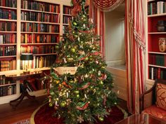White House Christmas decorations in the Library, Washington DC, US