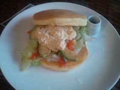 DSC_0059 Hamburger, Chicken, Ethnic Recipes, Food, Essen, Burgers, Meals, Yemek, Eten