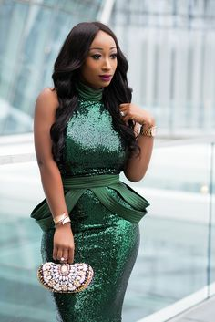 African Lace Dresses, Latest African Fashion Dresses, African Wedding Attire, African Attire, Halter Dress Short, Green Sequin Dress, Dinner Gowns, Stunning Dresses, Dresses For Teens