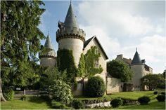 The charming Chateau de Bellecroix in Chagny, #France #travel #chateau
