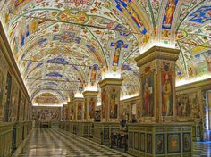 We've shown you manybeautiful libraries from around the world, and we've shown you some of the most fantastic museums, as well — so what about gorgeous museum libraries? Well, be…