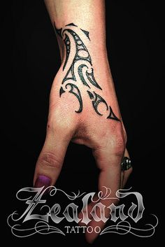 nz maori hand tattoo moko ringaringa by Zealand Tattoo, via Flickr