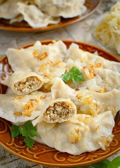Dumplings with meat and sauerkraut Pasta Recipes, Cooking Recipes, Healthy Recipes, Polish Recipes, Polish Food, Dumplings, Sauerkraut, Good Food, Food And Drink