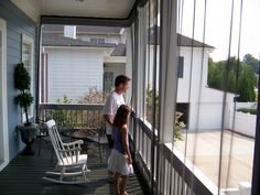 Mosquito Netting Mesh curtains for the balcony - WANT!